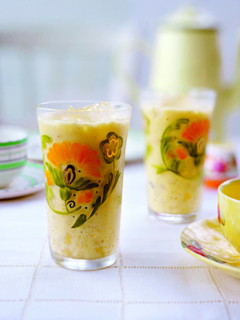 Mango and banana iced yogurt smoothies