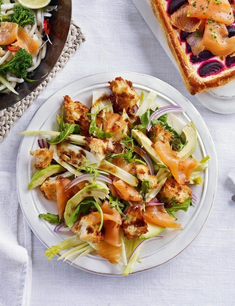 Fennel and smoked salmon salad with sourdough croutons