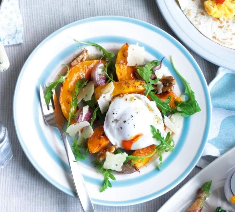 Squash salad with a poached egg