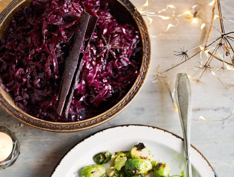 Freezable Riesling-braised red cabbage