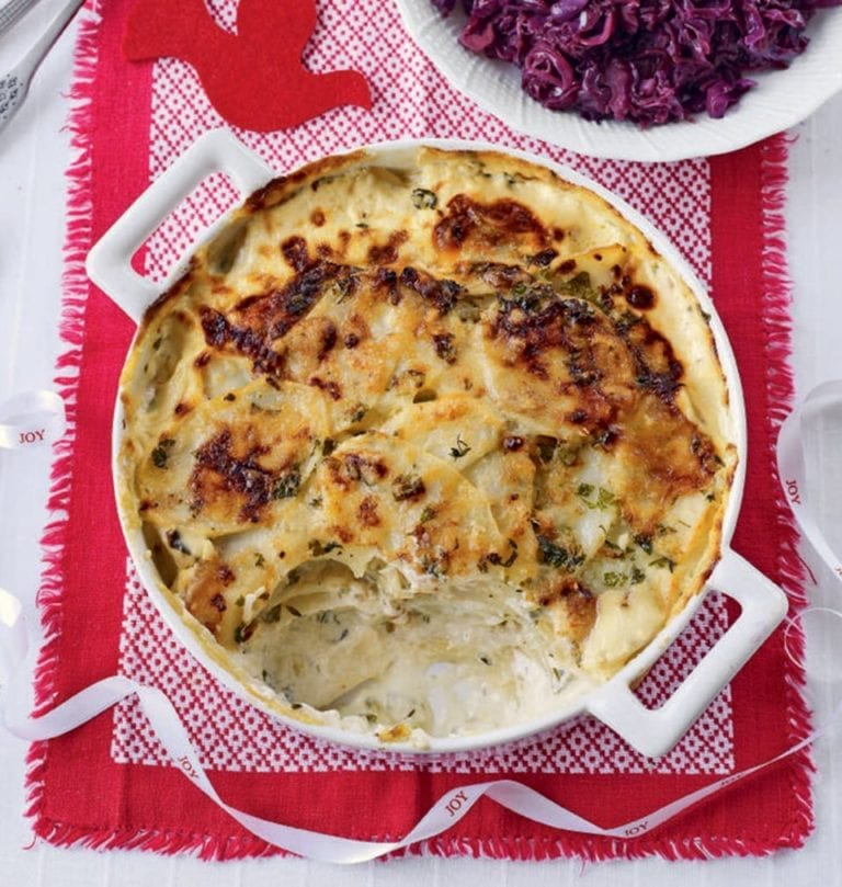 Potato gratin with bay leaves