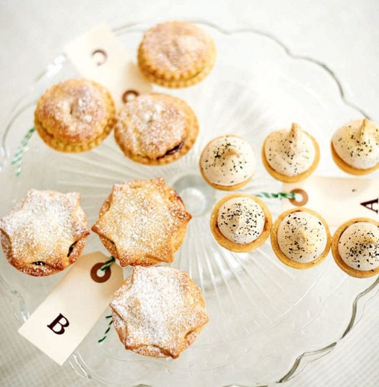 Eastern mince pies