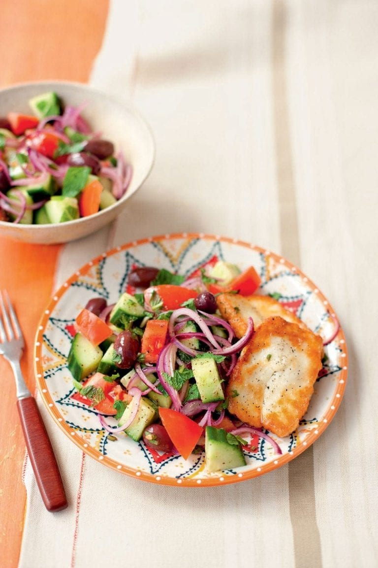 Greek salad with mint and fried halloumi