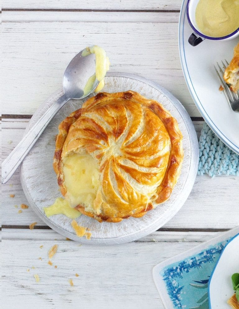 Baked camembert pithivier