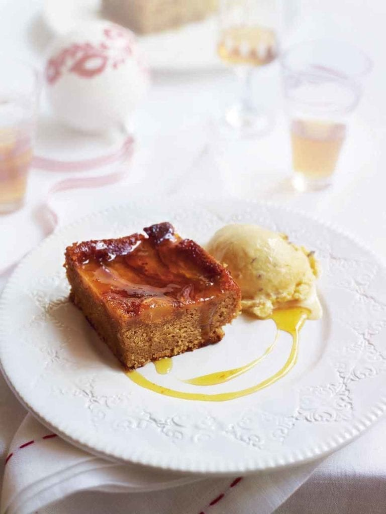 Ginger cake with pecan ice cream