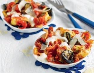 Baked three-cheese tortelloni