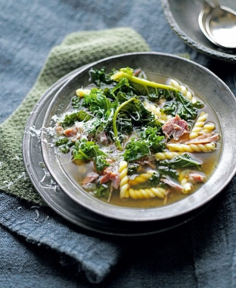 Shredded ham, kale and pasta soup