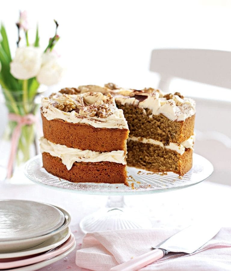 Coffee cake with tiramisu cream