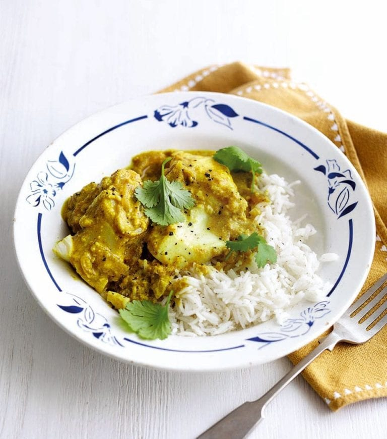 Yogurt and turmeric fish curry