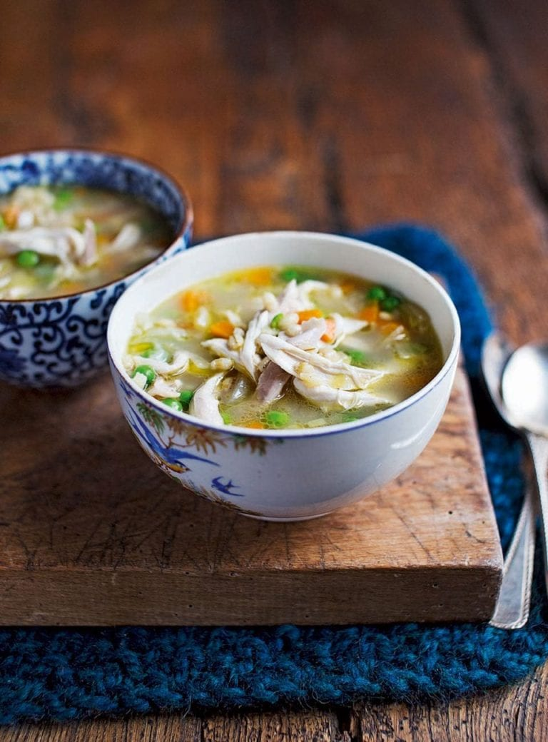 Chicken and pearl barley broth