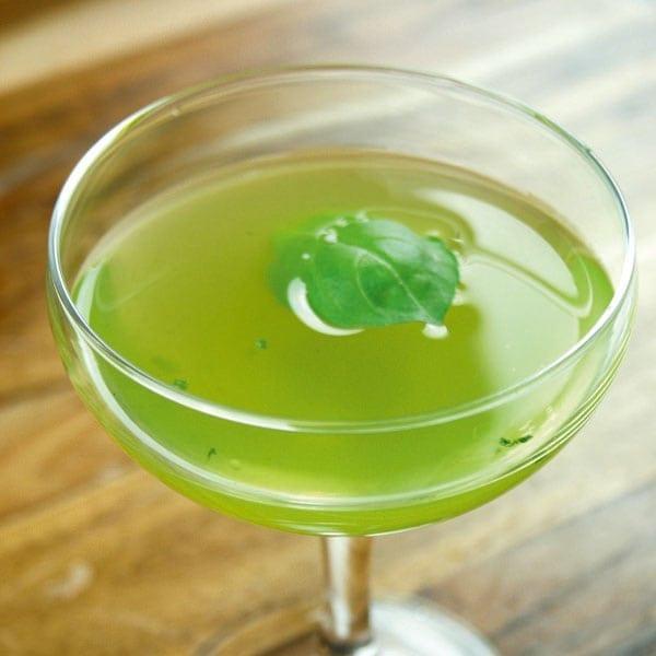 Basil and lemon martini