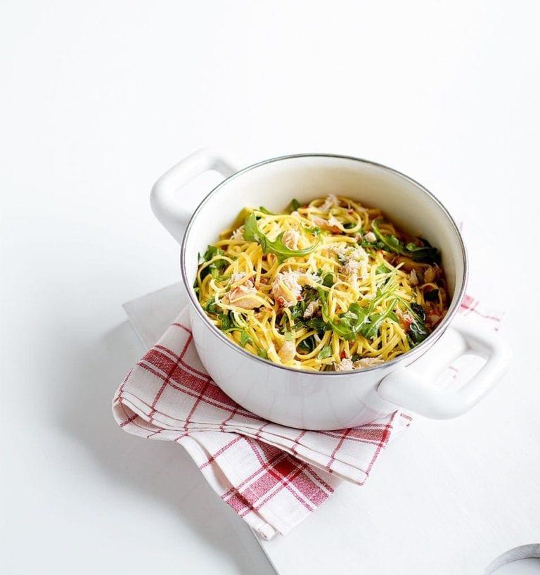 Quick spicy crab, chilli and lemon pasta