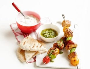 Quick chicken kebabs with gremolata