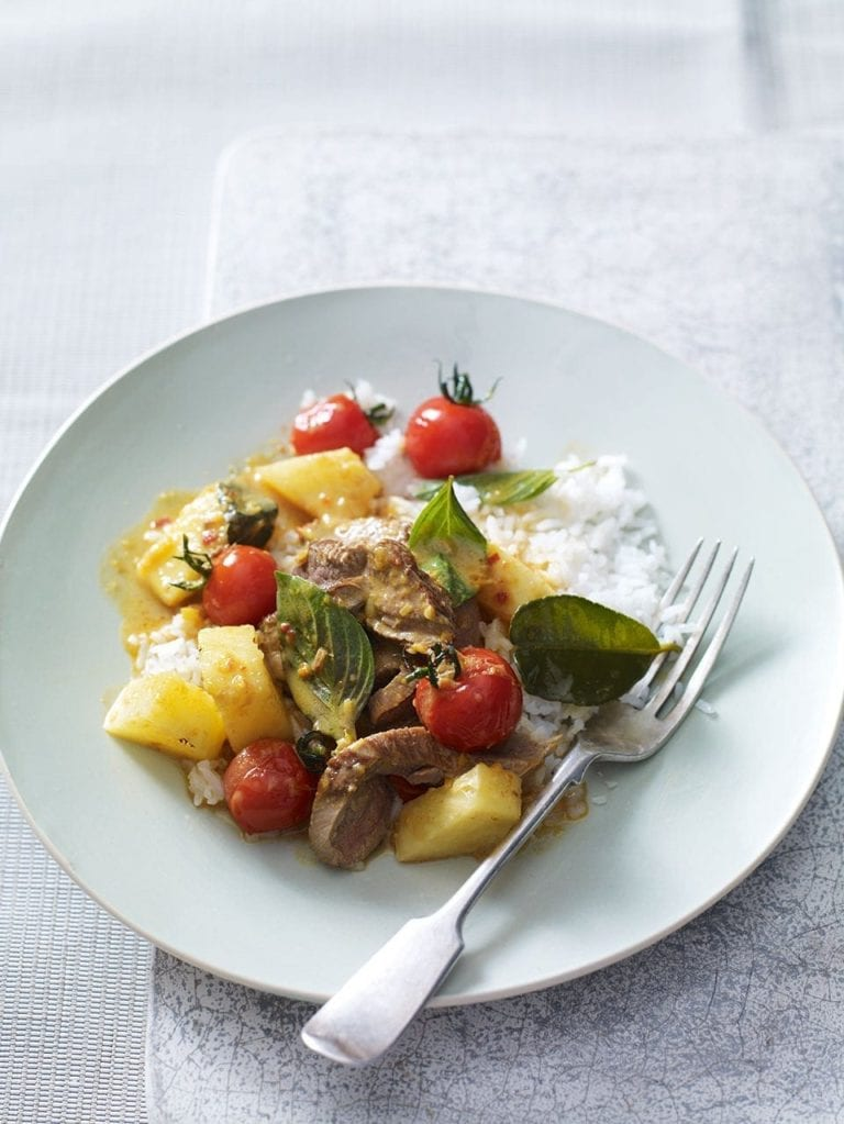 Red duck curry with cherry tomatoes and pineapple