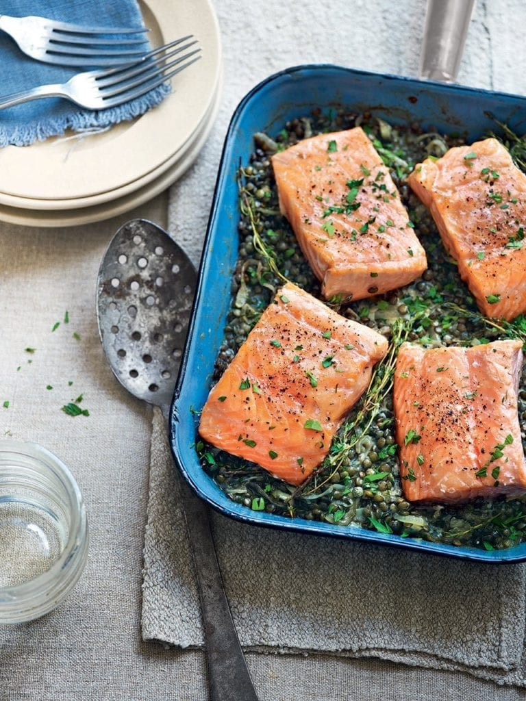 Salmon and horseradish cream lentils