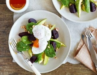 Poached eggs with avocado, beetroot and spinach