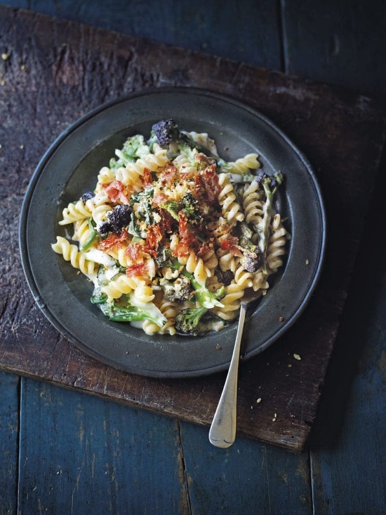 Broccoli pasta with parma ham breadcrumbs