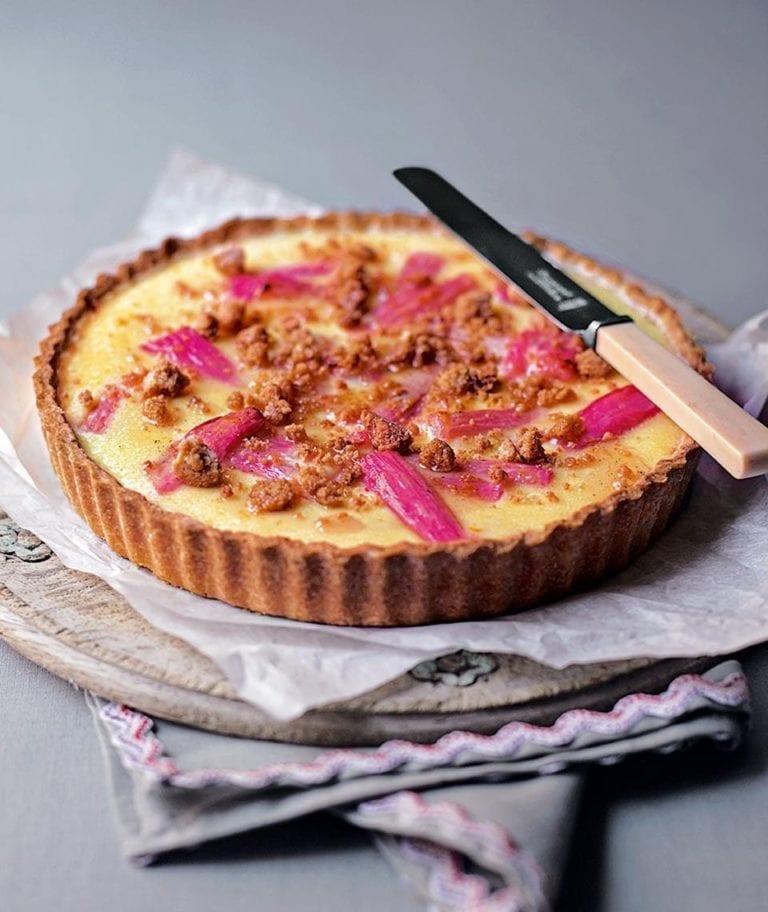 Rhubarb and custard crumble tart