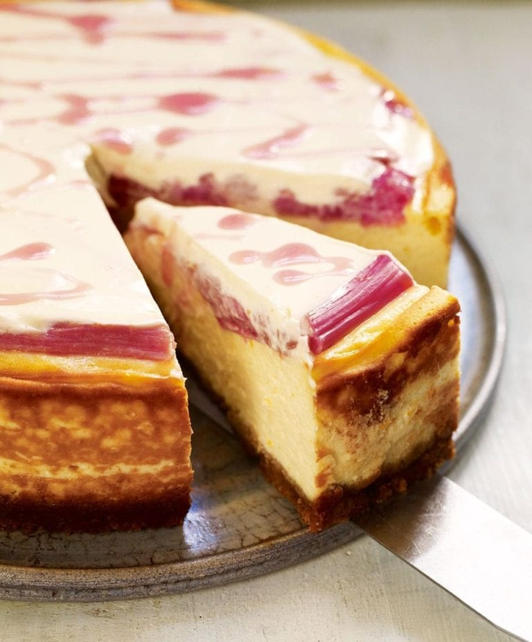 Baked rhubarb and orange cheesecake
