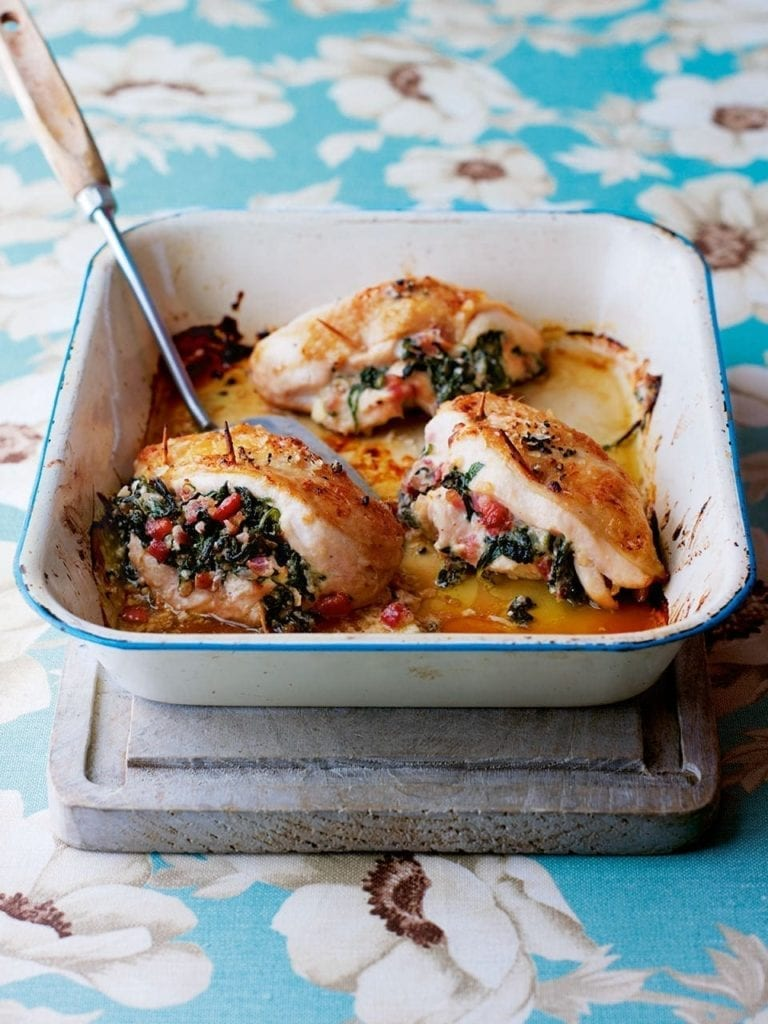 Chicken stuffed with spinach and pancetta