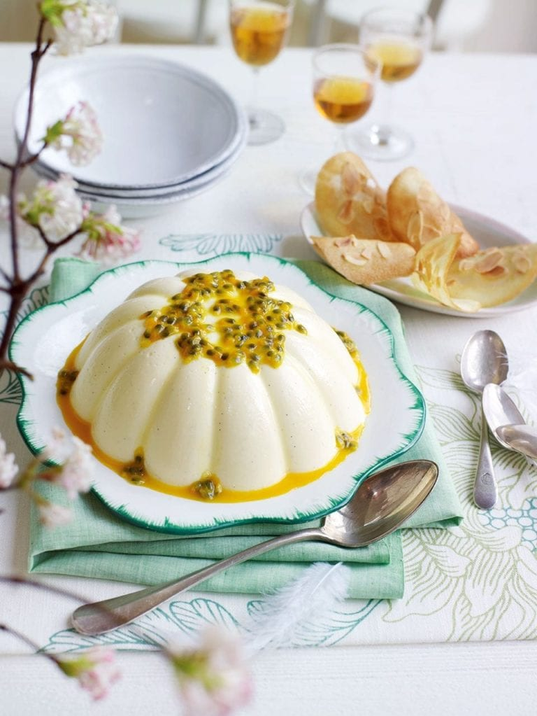 Passion fruit pannacotta