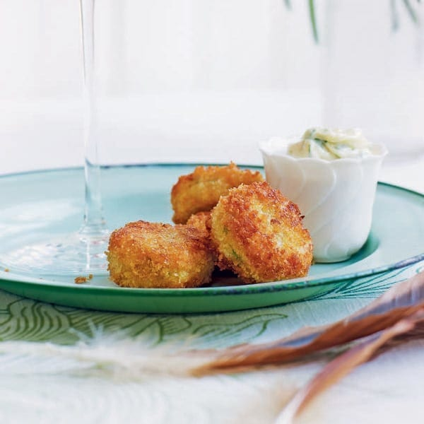 English crabcakes with tarragon mayonnaise