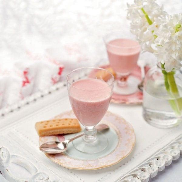 Rhubarb creams