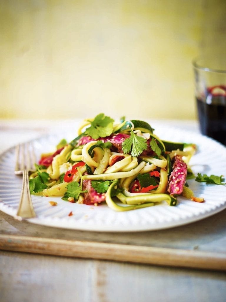 Asian-style courgetti with seared steak
