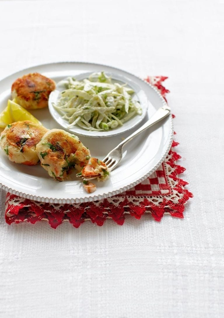 Simple salmon fishcakes with fennel slaw