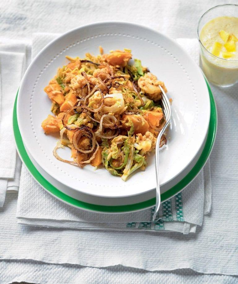 Cauliflower and lentil pilau with mango lassi