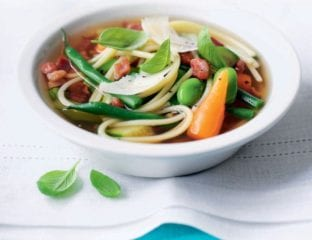 Simple summer minestrone soup
