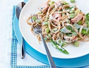 Creamy salmon and mangetout spaghetti