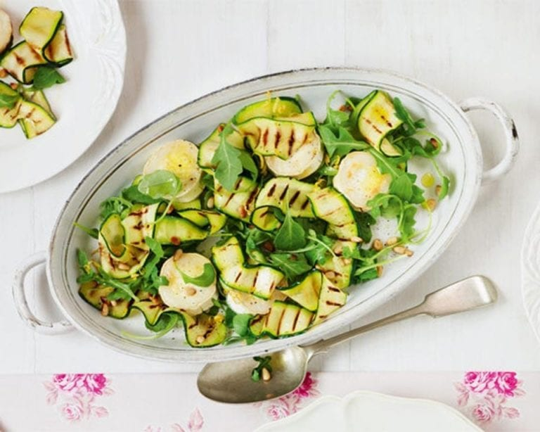 Warm goat's cheese and courgette salad