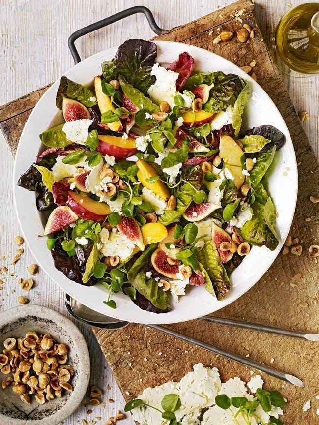 Nectarine, fig and blue cheese salad