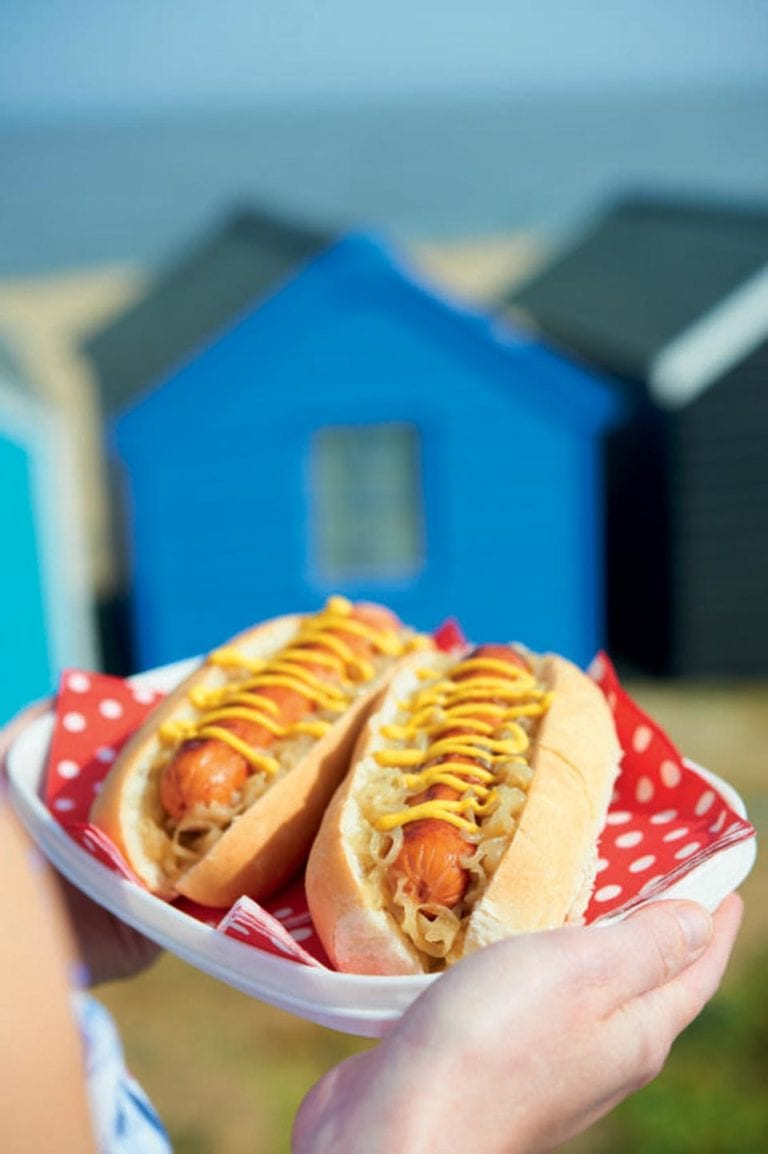 Hot dogs with spiced onions