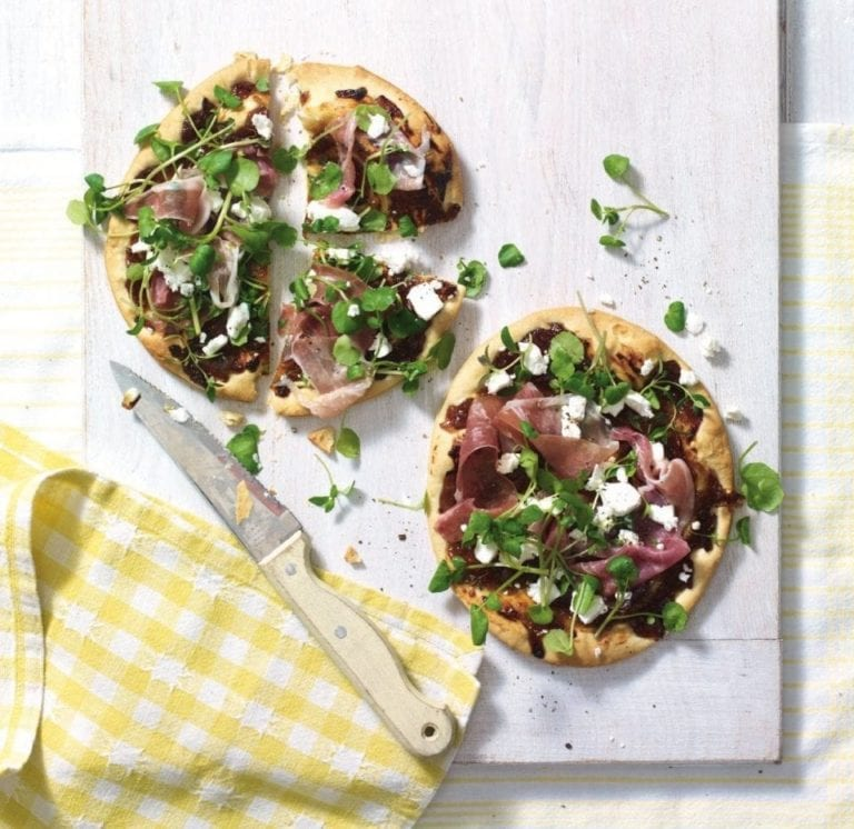 Caramelised onion pastry pizzas