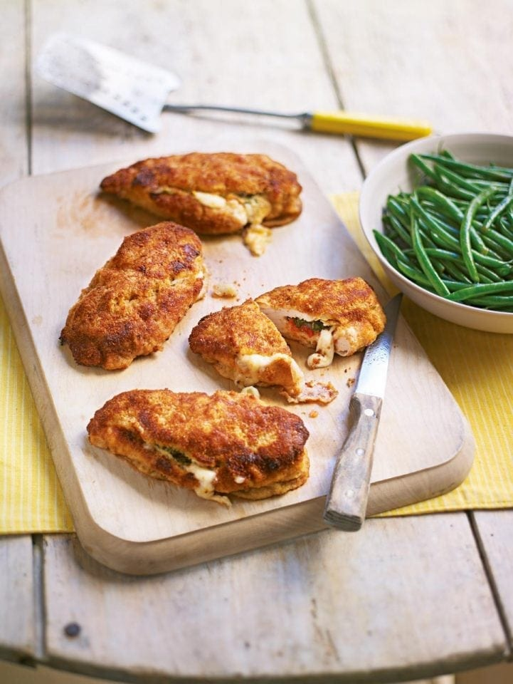 Crunchy stuffed chicken breasts in lemon butter