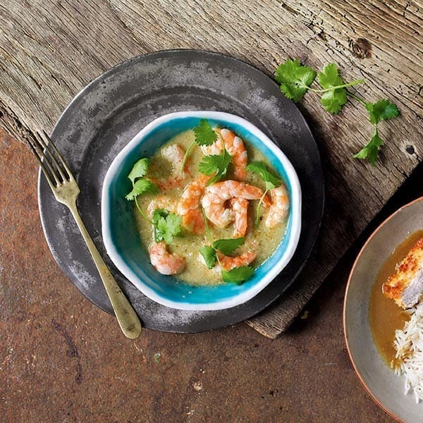 Thai coconut prawn curry