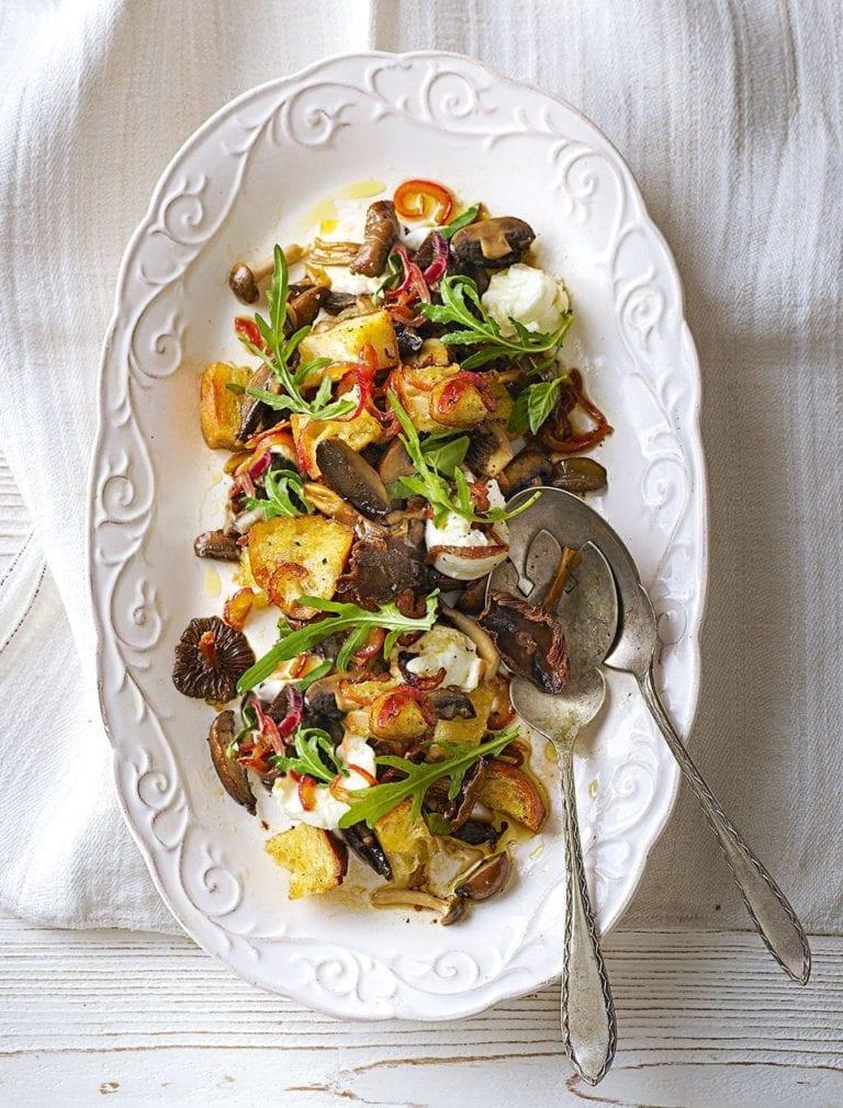 Mushroom panzanella salad