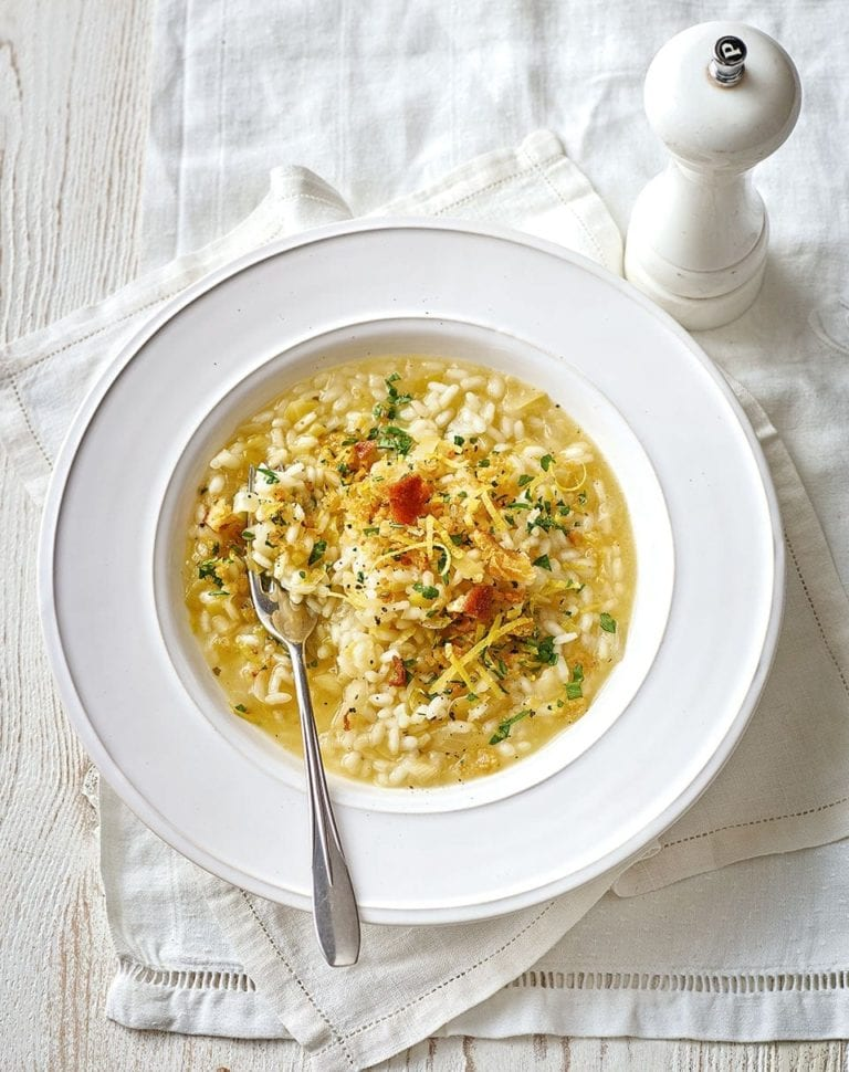 Leek risotto with lemon crumbs