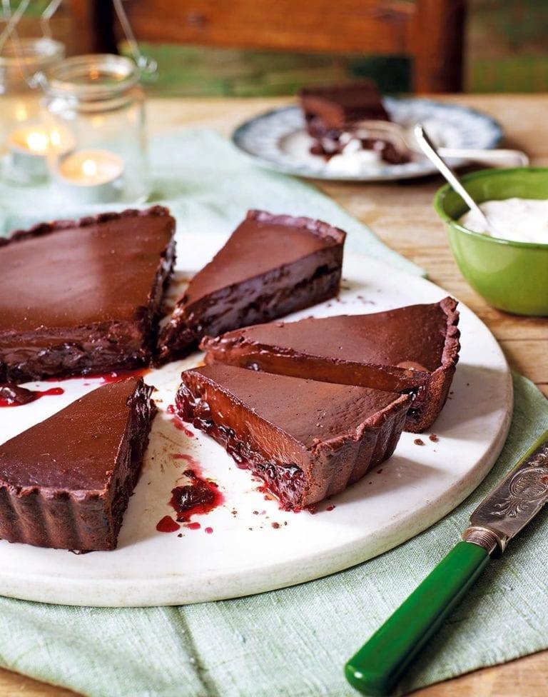 Cherry and chocolate tart