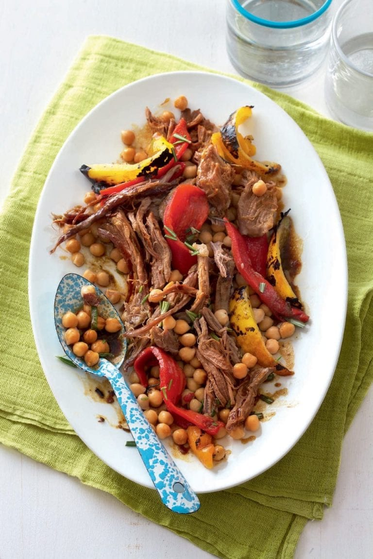 Warm lamb and chickpea salad