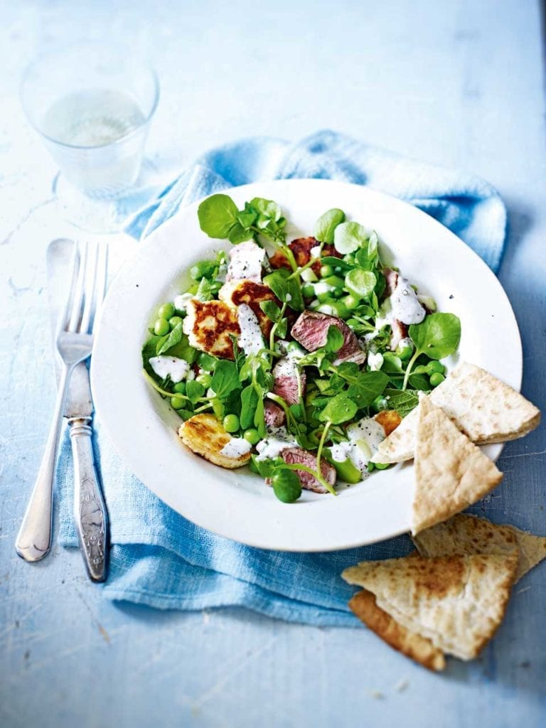 Lamb's lettuce and halloumi salad with peas