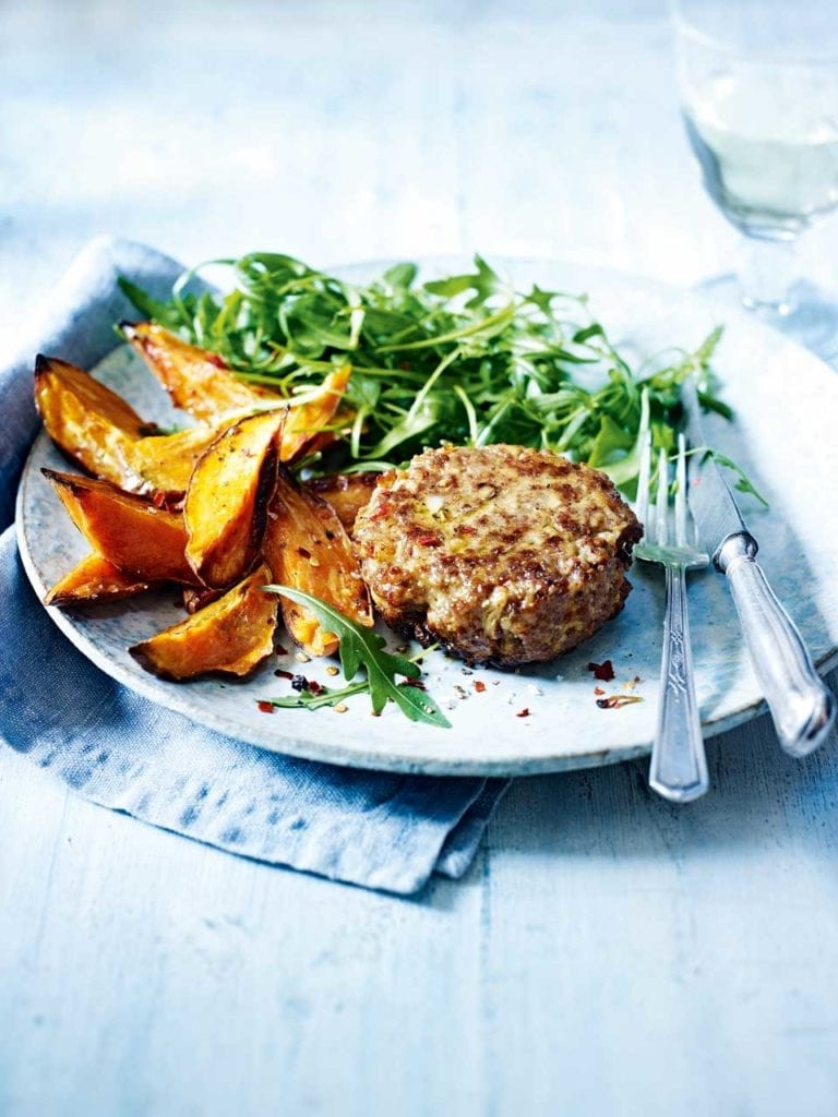 Spiced lamb burgers with sweet potato chips