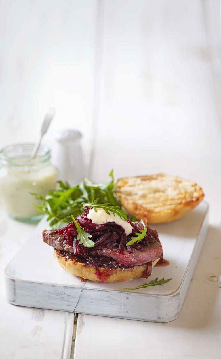 Steak sandwich with garlic mayo
