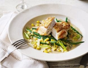 Chicken with creamy sweetcorn, green beans and spring onions