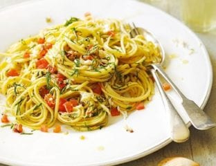Crab linguine with parsley and chilli