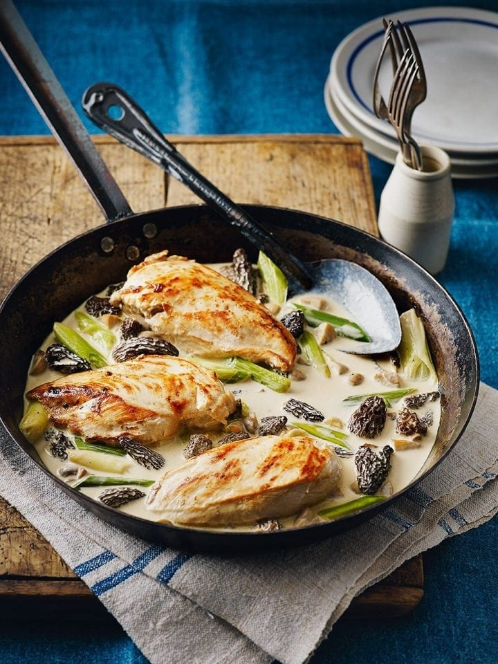 Raymond Blanc's chicken and mushrooms in wine sauce