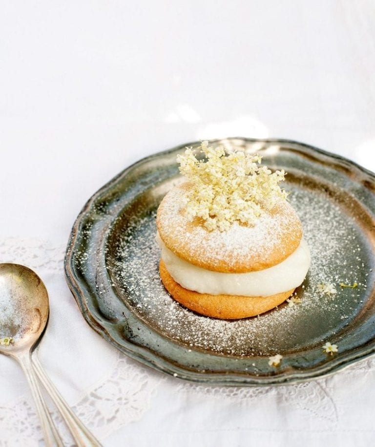 Mini elderflower sponge cakes