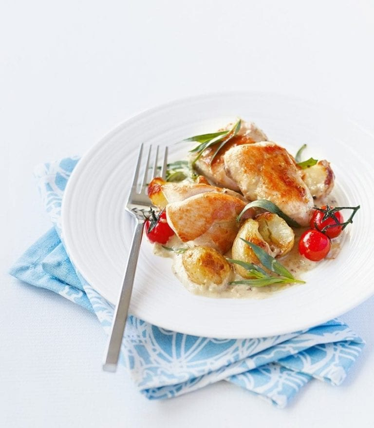 Quick tarragon chicken with crispy potatoes